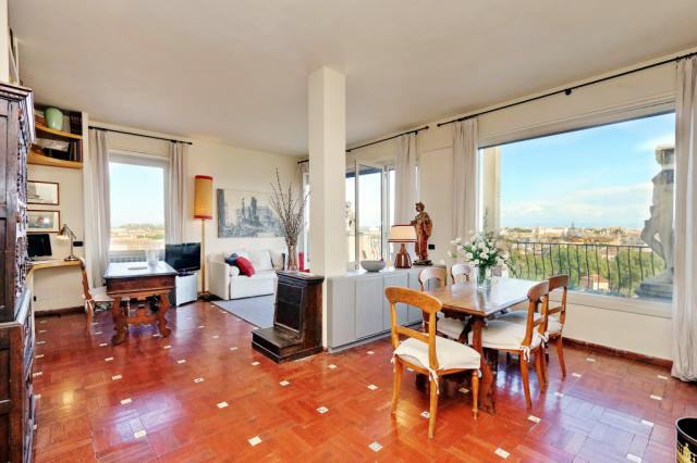 Sant Onofrio Terrace Apartment